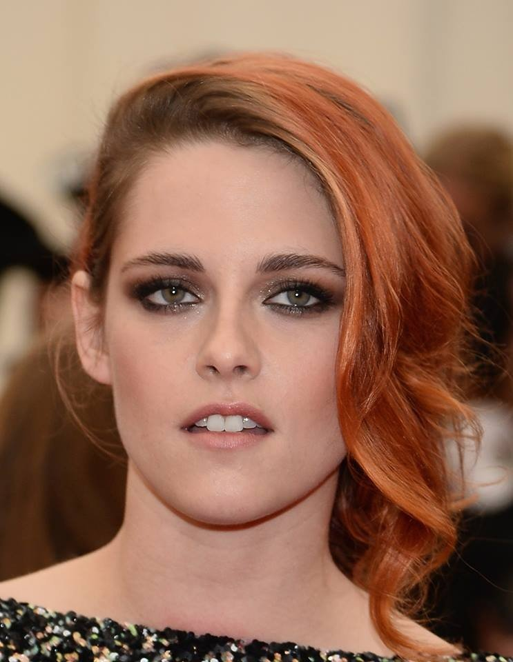 Kristen Stewart: smokey marrone, intenso e allo stesso tempo sexy