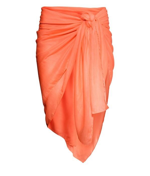 Pareo a tinta unita, nel colore arancione, di H&M