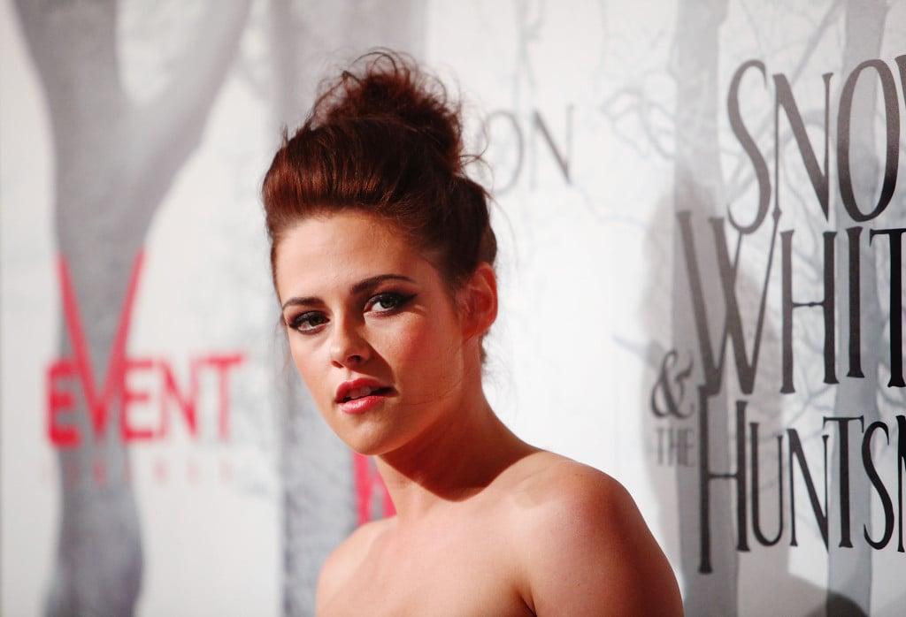 La Bella di Twilight gioca con il look ed è sempre camaleontica