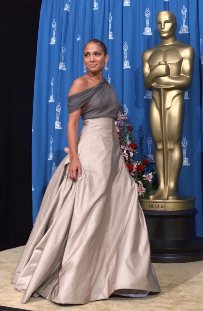 Chignon basso per gli Oscar 2001