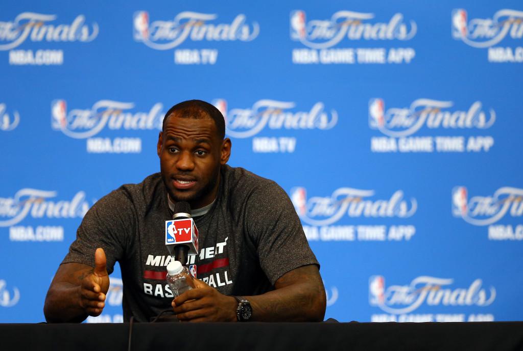 LeBron James, miglior giocatore NBA, è al secondo posto della classifica stilata da Forbes