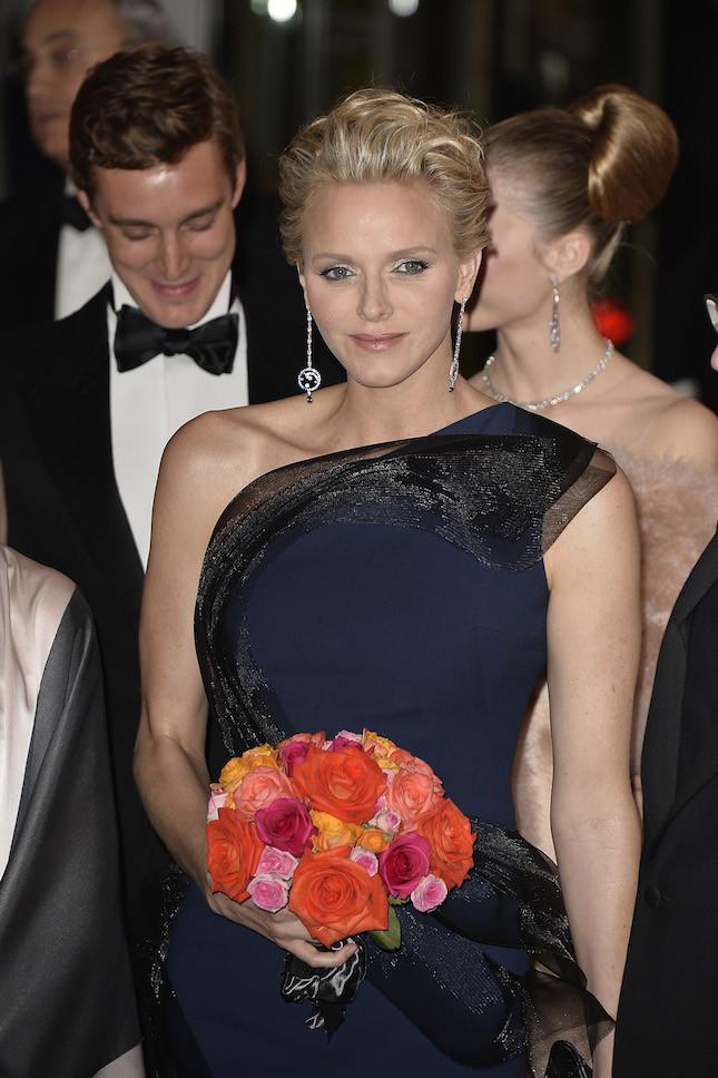 Charlene durante la cerimonia in nome della principessa Grace
