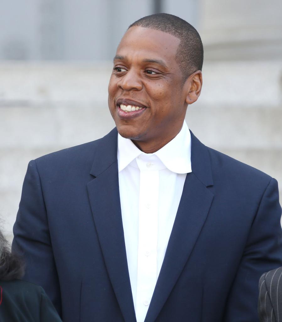 Il produttore e rapper Jay-Z è un uomo molto fortunato: non solo è sposato con Beyoncé Knowles, ma è il sesto vip più potente al mondo. Insieme a Queen Bee formano la coppia più potente di Hollywood