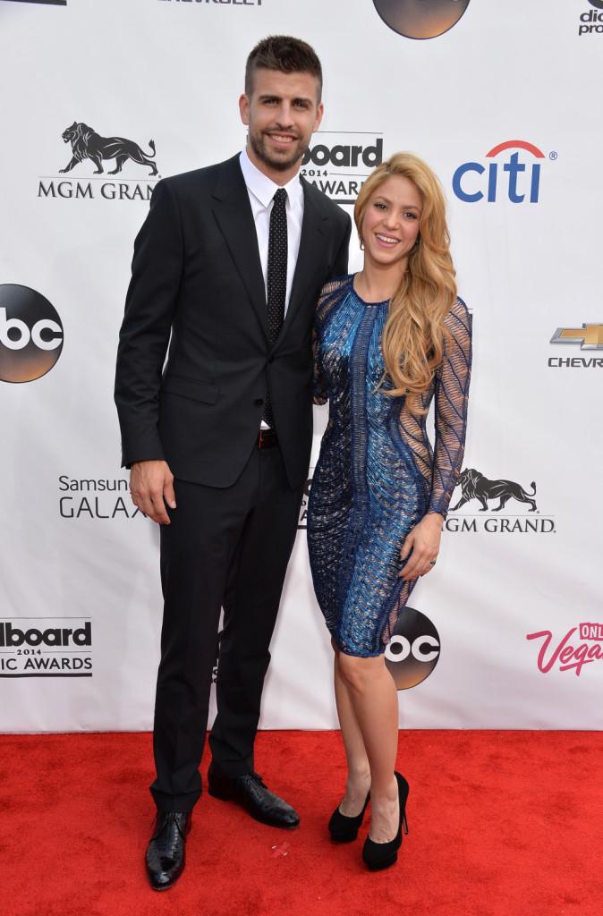 Shakira e Gerard Piqué insieme sul red carpet dei Billboard Music Awards 2014. La coppia, insieme dal 2014, la coppia ha un figlio di nome Milan