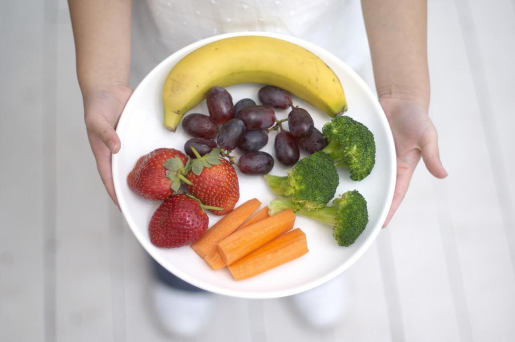 Bambini, frutta e verdura, un'amicizia possibile