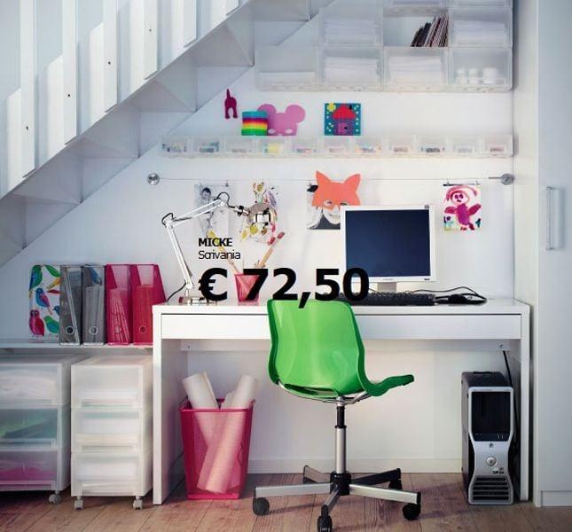 Un angolo studio nel sottoscala secondo Ikea