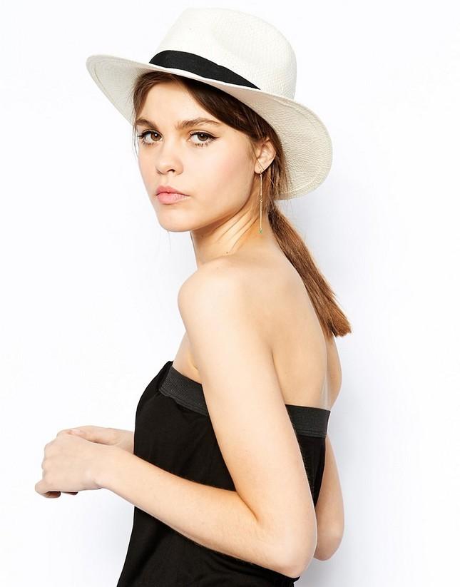 Cappello in paglia e fascia nera, per l'estate 2014, di Warehouse