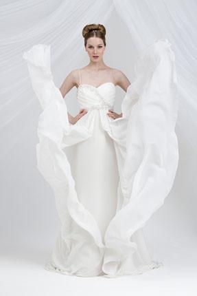 Collezione Emozione, abiti da sposa Anna Ceruti