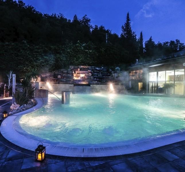 Il Ròseo Euroterme Wellness Resort utilizza l'acqua termale di Bagno di Romagna, rinomata fin dall'antichità