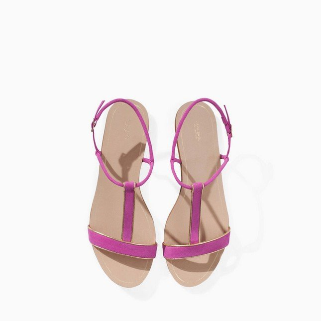 Sandali bassi rosa, di Zara