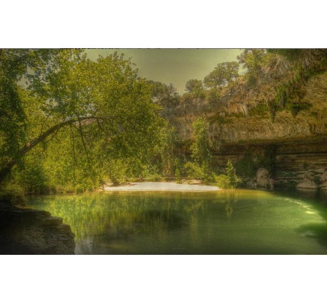La suggestiva piscina naturale di Hamilton