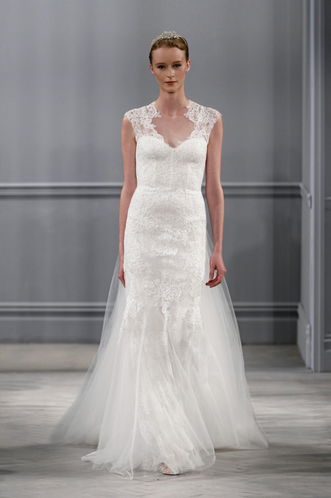 Harper Gown in pizzo