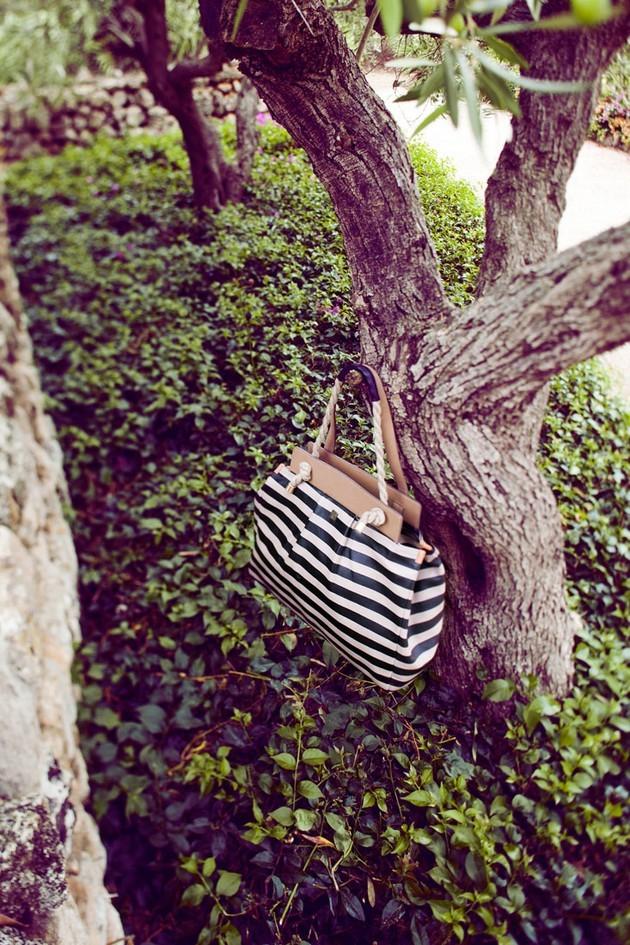 Hoss Intropia collezione estate 2014. Maxi bag a righe