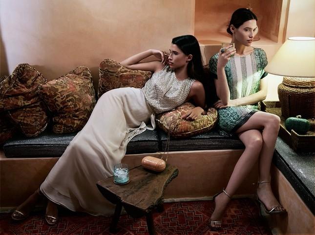 Hoss Intropia collezione estate 2014. Abito lungo elegante e dress stampato
