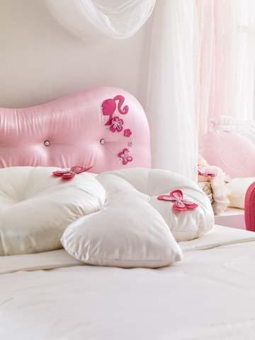 Il letto della cameretta Barbie Diamond