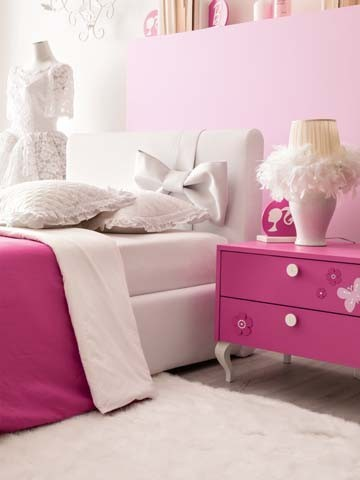 Il letto della cameretta Barbie Fiocco