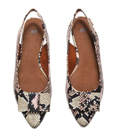 Sandalo H&M modello Chanel in ecopelle pitonata
