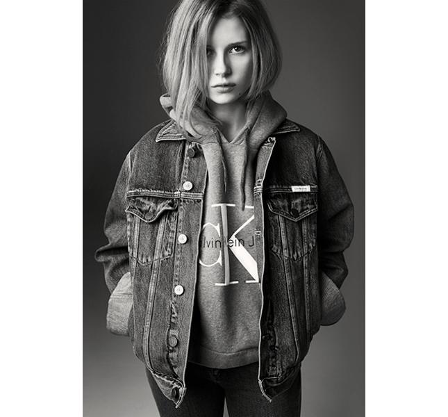 Calvin Klein Jeans, il nuovo volto Lottie Moss, sorella minore di Kate