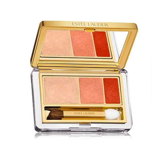 La formula ad aderenza totale di Estée Lauder Pure Color Instant Intense EyeShadow Trio è un'ottima soluzione per il make up da giorno