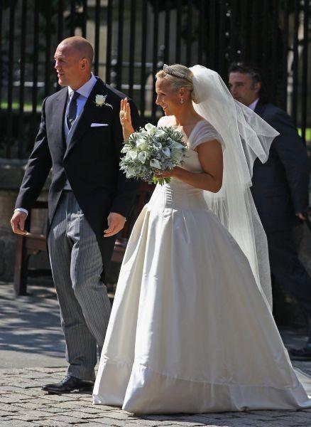 Per il matrimonio con Mike Tindall Zara Phillips ha abbandonato lo stile sportivo a favore di quello romantico