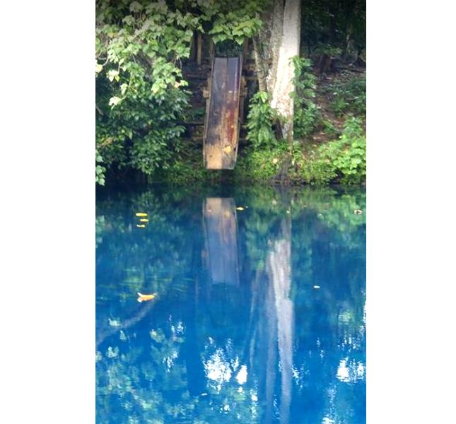 Nanda Blue Hole, specchiarsi nell'acqua
