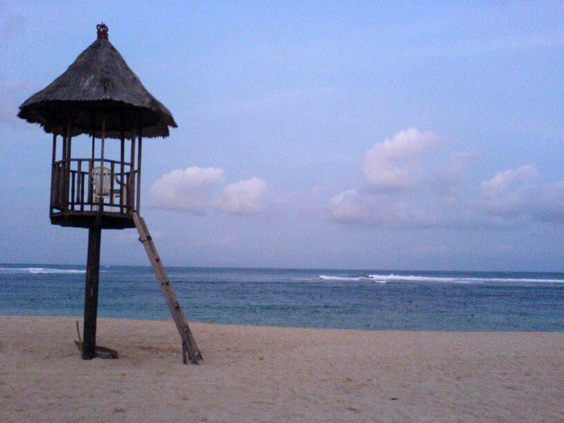 La spiaggia di Nusa Dua è l'ideale se amate fare surf
