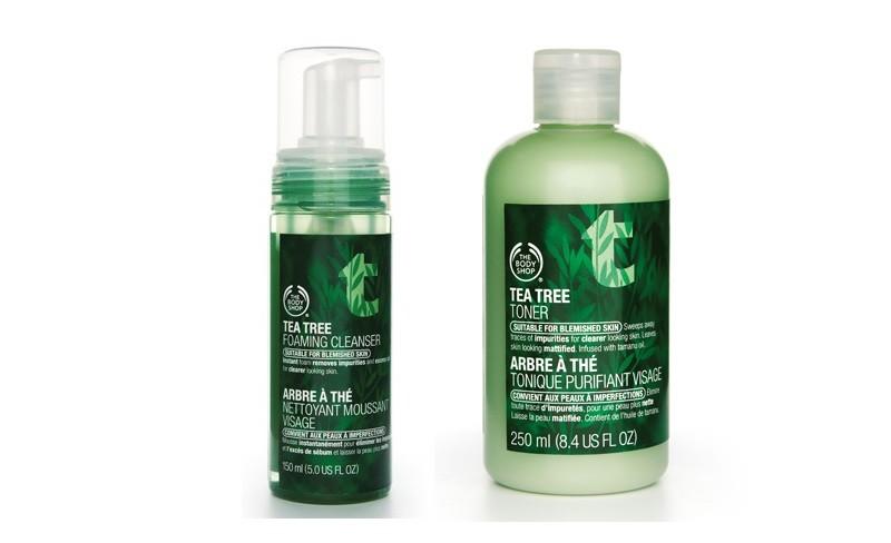 Tea Tree Water, la capacità di liberare dai batteri e purificare la pelle dell'olio di tea tree contenuto in questo tonico lo rende perfetto per le pelli miste. Il ginepro ha proprietà decongestionanti e il pompelmo rinfrescanti.