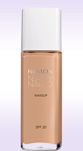 Revlon Nearly Naked Makeup (16 euro): nella tonalità Nude ha contribuito al trucco naturale della sfilata Kocca PE 2015