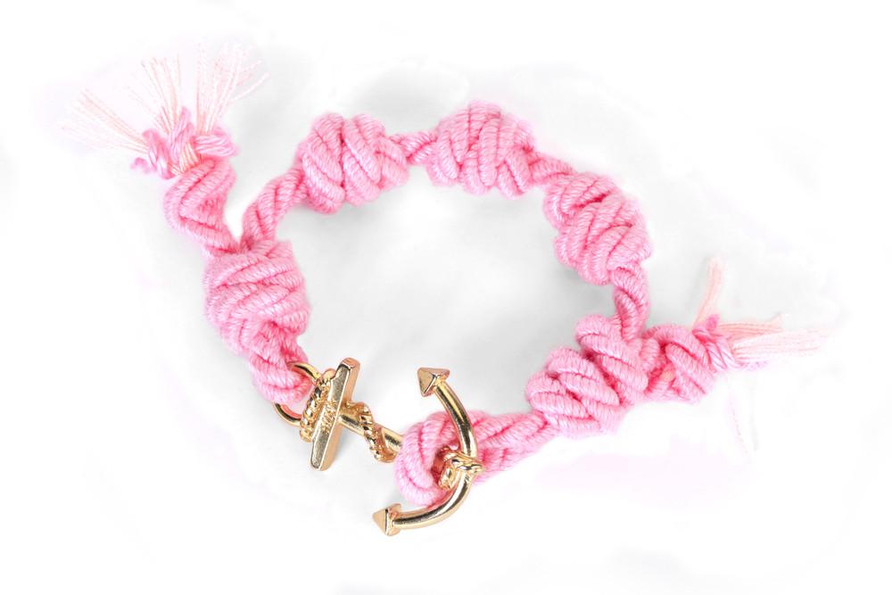 Mia's, SUMMER TOUR Collection: il braccialetto rosa e oro Himalaya. Prezzo 35 euro