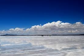 Salar de Uyuni / wikipedia