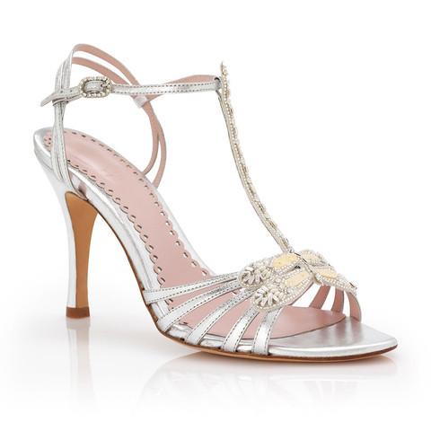 Modello Silver Dragonfly: sandalo aperto con tacco medio