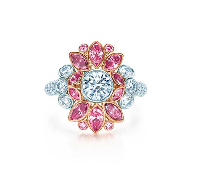 Anello Tiffany rosa fancy