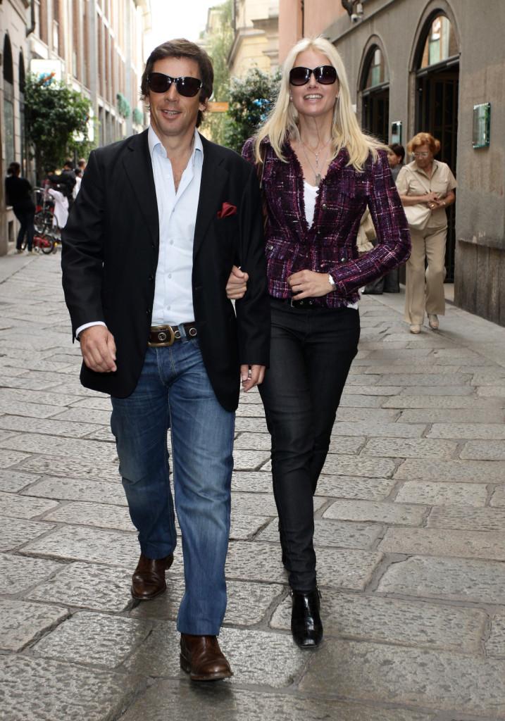 Per le vie di Milano in giro come una coppia qualunque