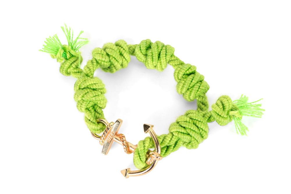 Mia's, SUMMER TOUR Collection: il braccialetto verde e oro Formentera. Prezzo 35 euro