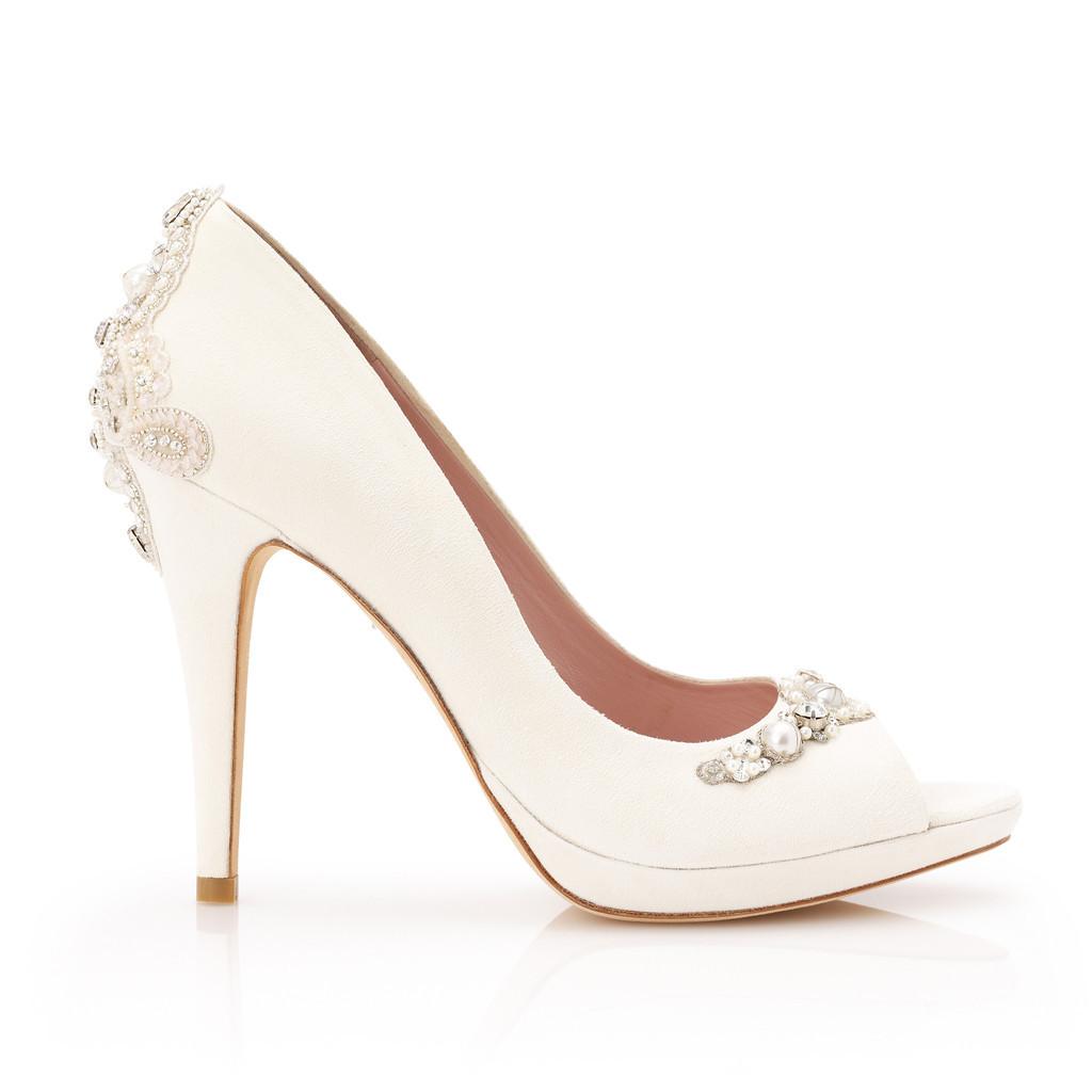 Modello Verity, peep toe elegantissima con perle e cristalli sul tacco e sulla punta