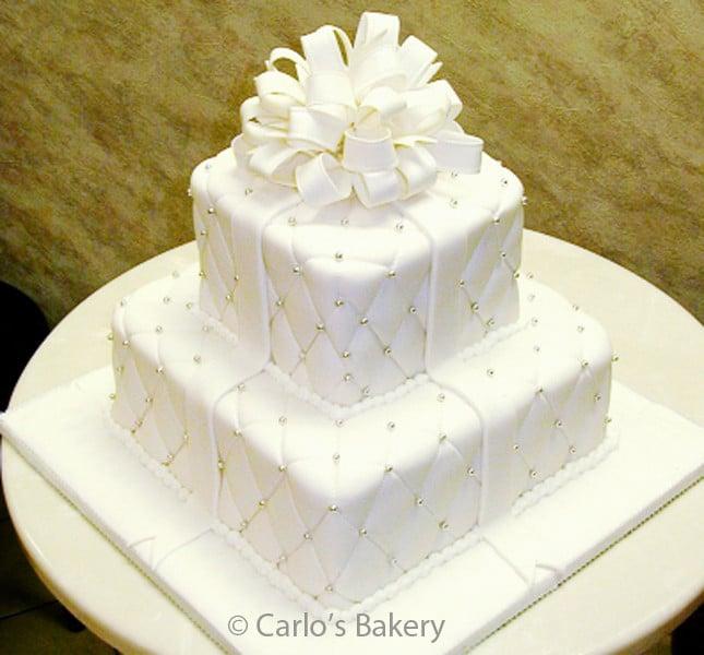 Squadrato trapuntato, un classico elegante. By Carlo's Bakery modello W28.