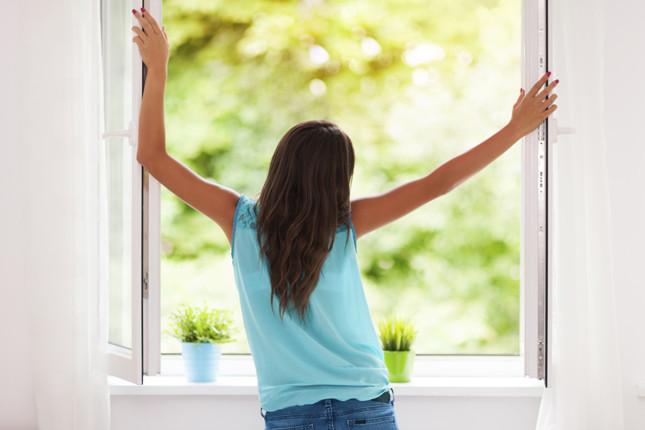 cambiare aria in casa nelle prime ore del mattino