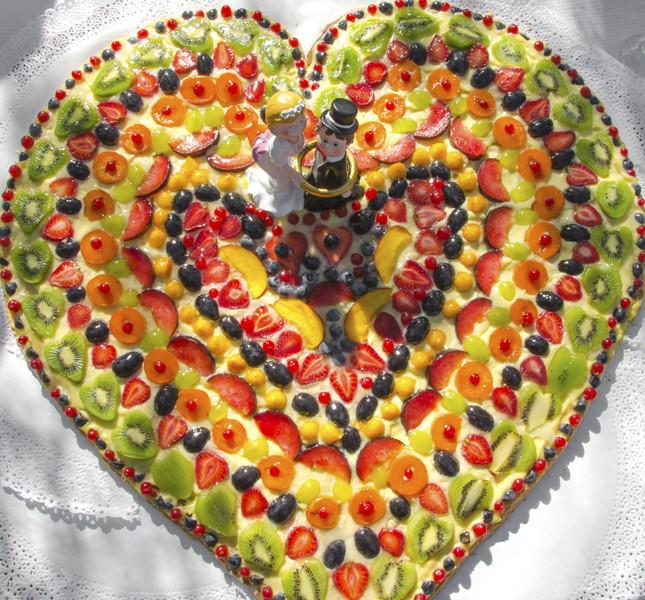 Scelta fresca e che accontenta tutti: la torta monopiao super frutta!
