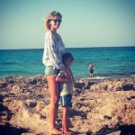 Elena Santarelli in vacanza con Giacomo, il figlio di Bernardo Corradi