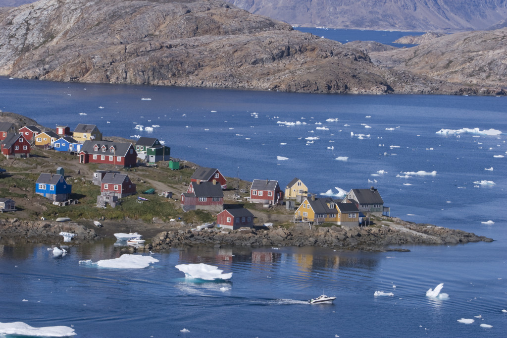 Kulusuk in Groenlandia, è uno dei punti migliori per osservare il fenomeno