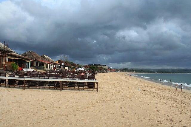 Se cercate un posto tranquillo recatevi alla spiaggia di Jimbaran