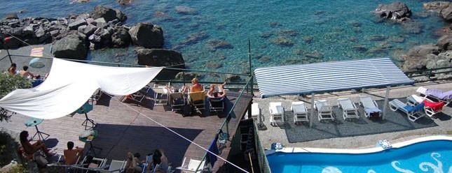 Fra poesia e mare, per il tuo San Lorenzo, scegli La Francesca Resort Bonassola