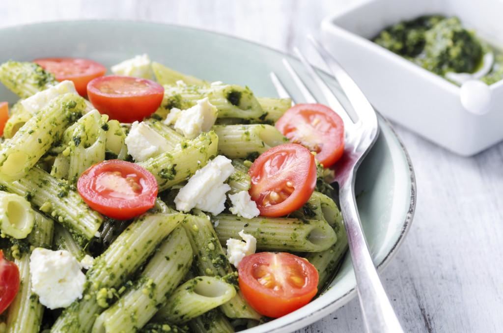 la pasta vegetariana è un ottimo contorno light da preparare a Ferragosto: leggera, gustosa e coloratissima!