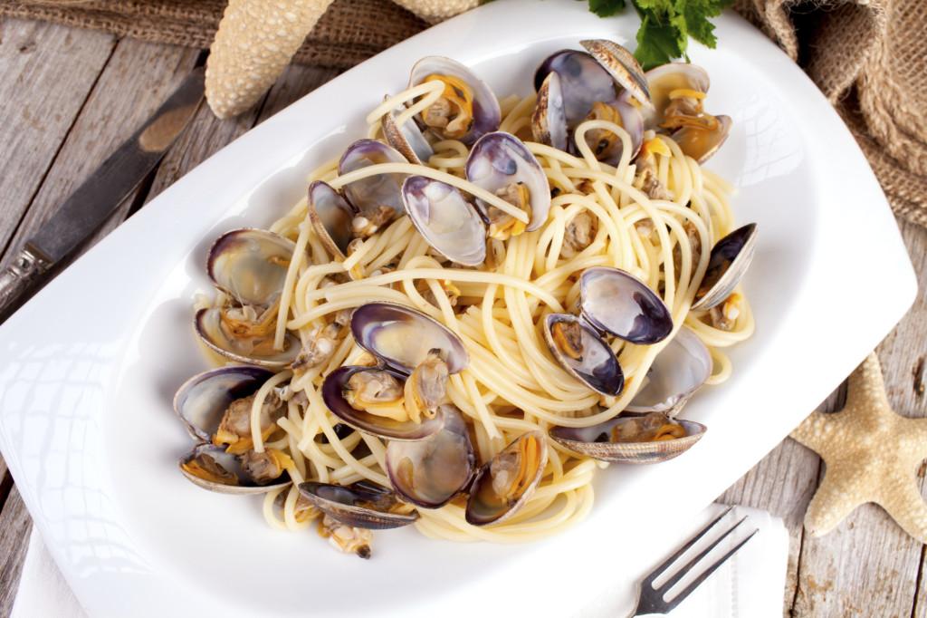 un classico di Ferragosto sono gli spaghetti con le vongole