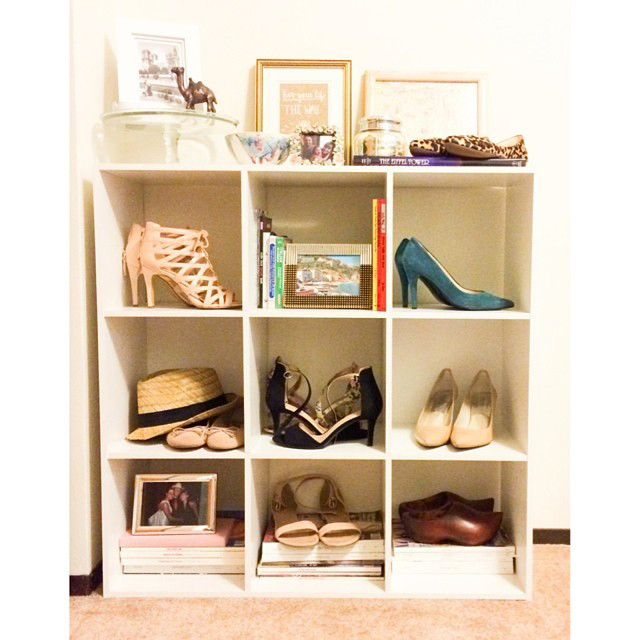 La scarpiera/libreria è bella sia posizionata all'ingresso che in camera