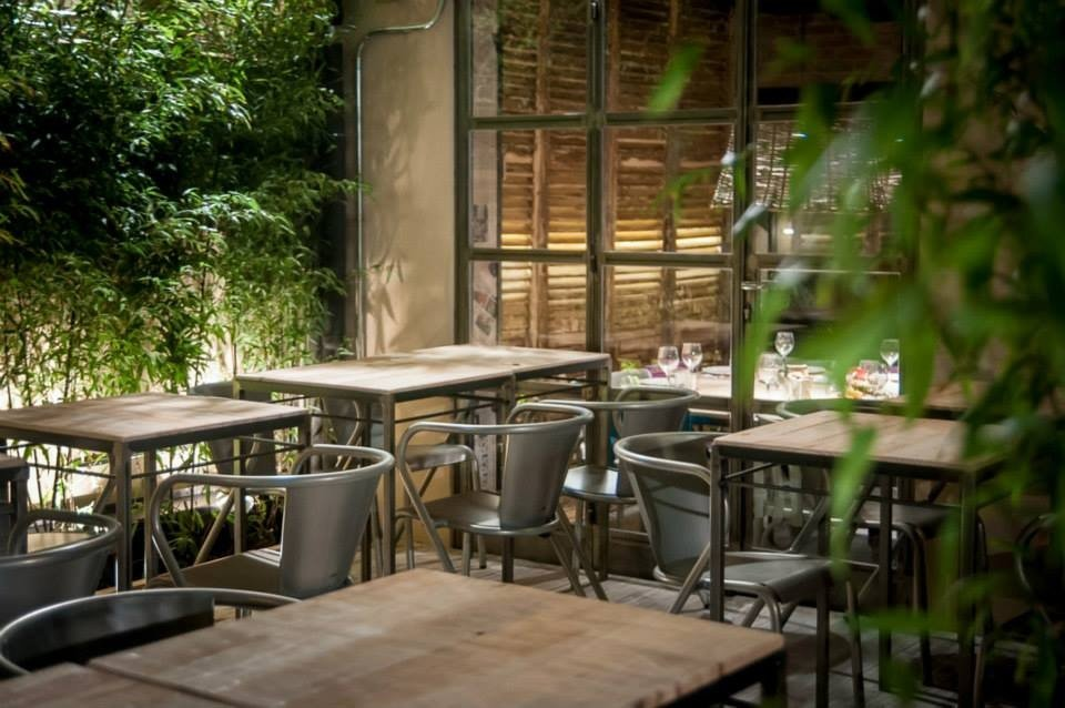 Il patio è un angolo perfetto per una pausa dalla frenesia madrilena