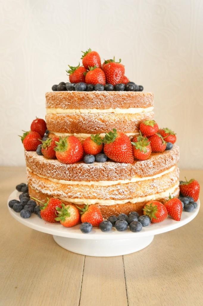 wedding cake rustico con frutta foto by yumnums