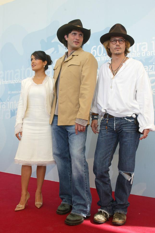 Johnny Depp con Robert Rodriguez e Salma Hayek presenta a Venezia