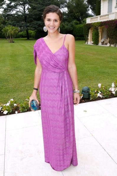 Per la serata di Amfar Margherita Missoni ha scelto un lungo abito lilla della maison di moda cui appartiene