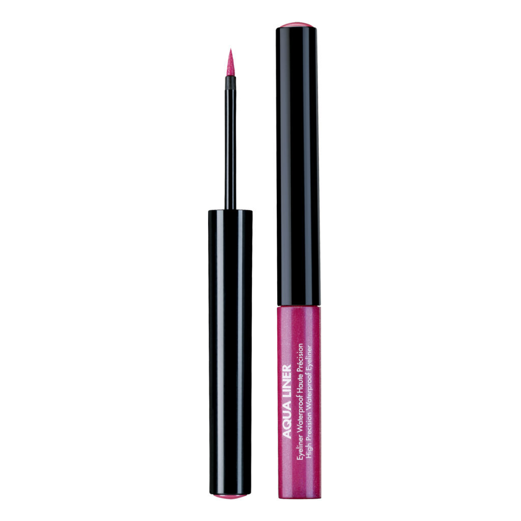 Aqua liner MAke Up For Ever : eyeliner liquido disponibile  in diverse colorazioni